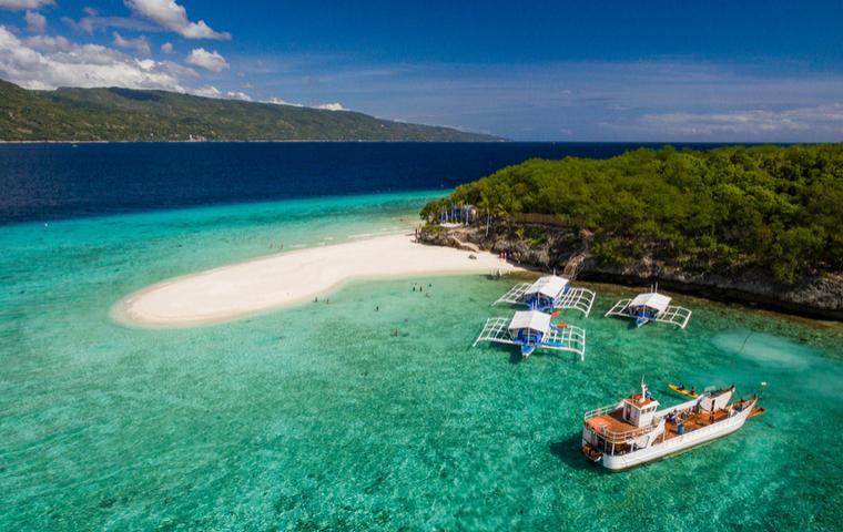 セブ島の綺麗なビーチの画像