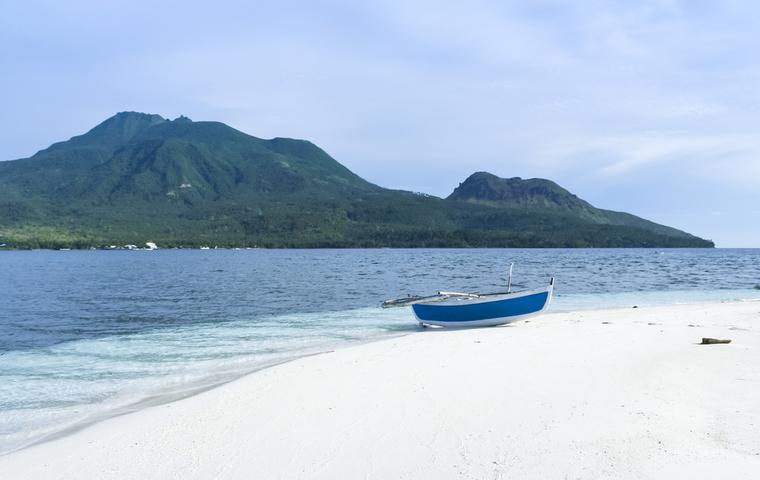 ミンダナオ島の綺麗なビーチの画像