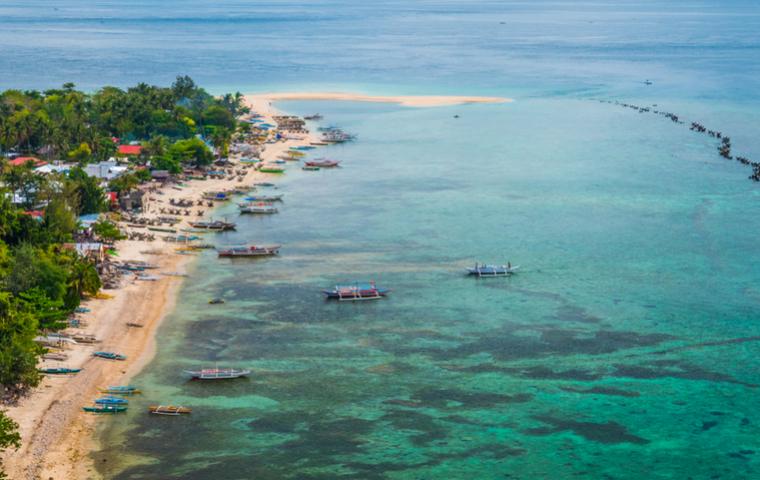 パナイ島の海が綺麗な画像